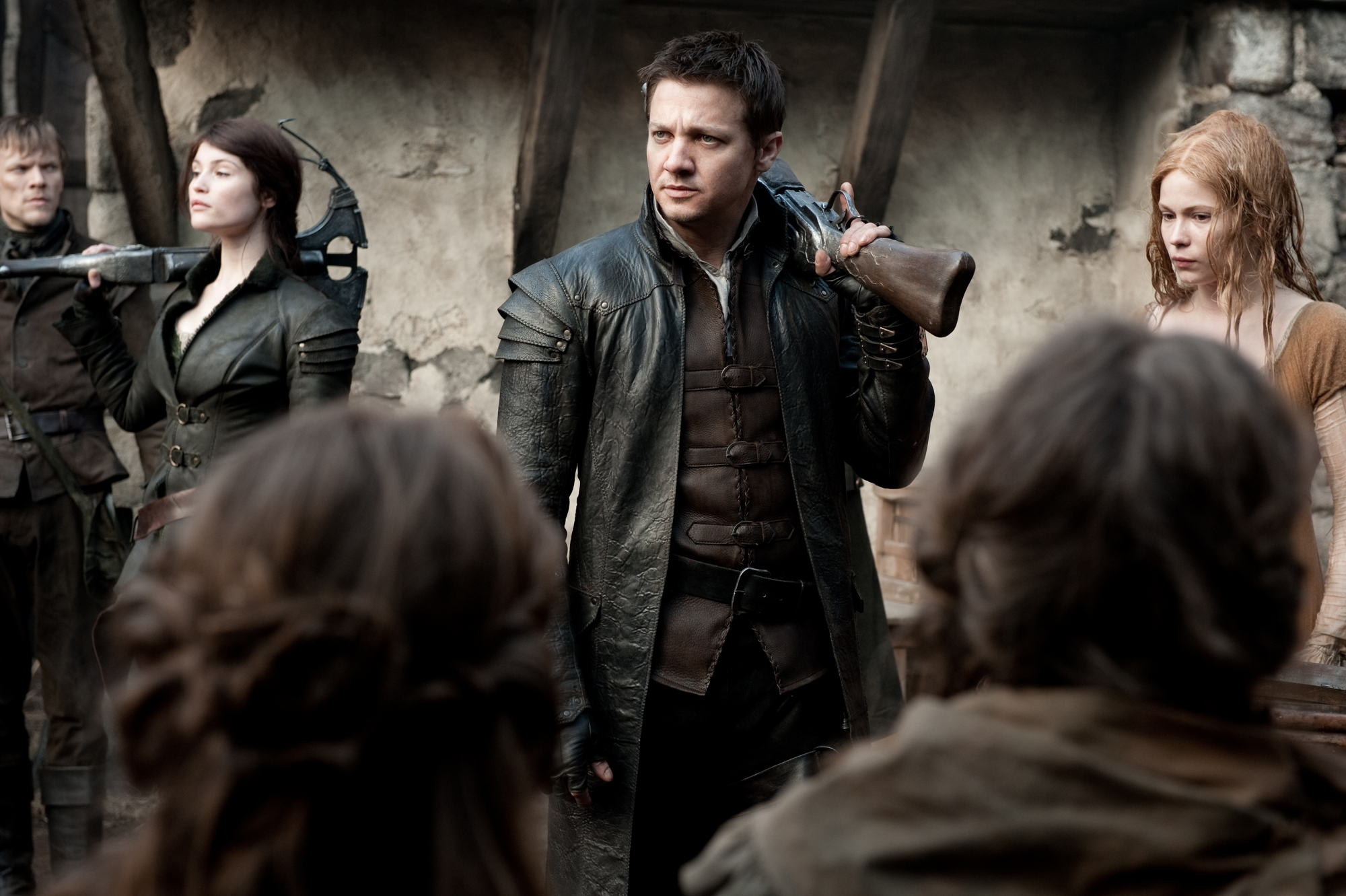 "movie review: ""hansel & gretel"" land more punches than jokes as"