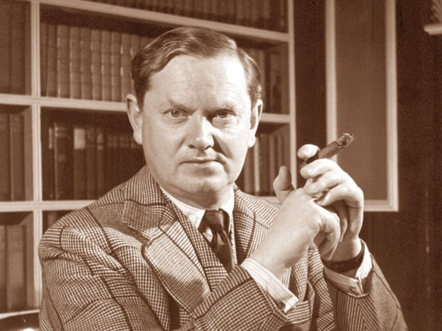 evelyn_waugh_1