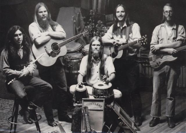 magicmusic-bandphoto1973