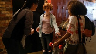 "MARCH 12, 2019, BOSTON - Sophia Lillis and Zoe Renee in ""Nancy Drew and the Hidden Staircase"" (2019). Photo Warner Bros. press materials"
