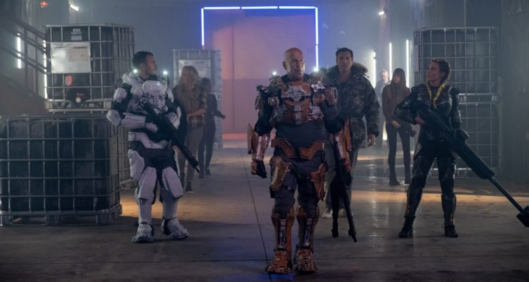 """Netflixable? The silly sci-fi excesses and faded Bruce Willis cool of """"Cosmic  Sin""""   Movie Nation"""